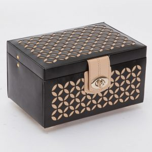 Chloe Small Jewellery Box, Chloe Jewellery Box, Wolf, Black Jewellery Box, Small Jewellery Box, Wolf, Love, Drakes Jewellers