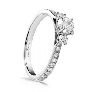 Platinum Engagement Ring, Engagement Ring with Diamond set Shoulders, Trilogy Ring, Drakes Jewellers, Plymouth