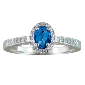 Drakes jewellers Plymouth, diamond ring, oval sapphire diamond ring