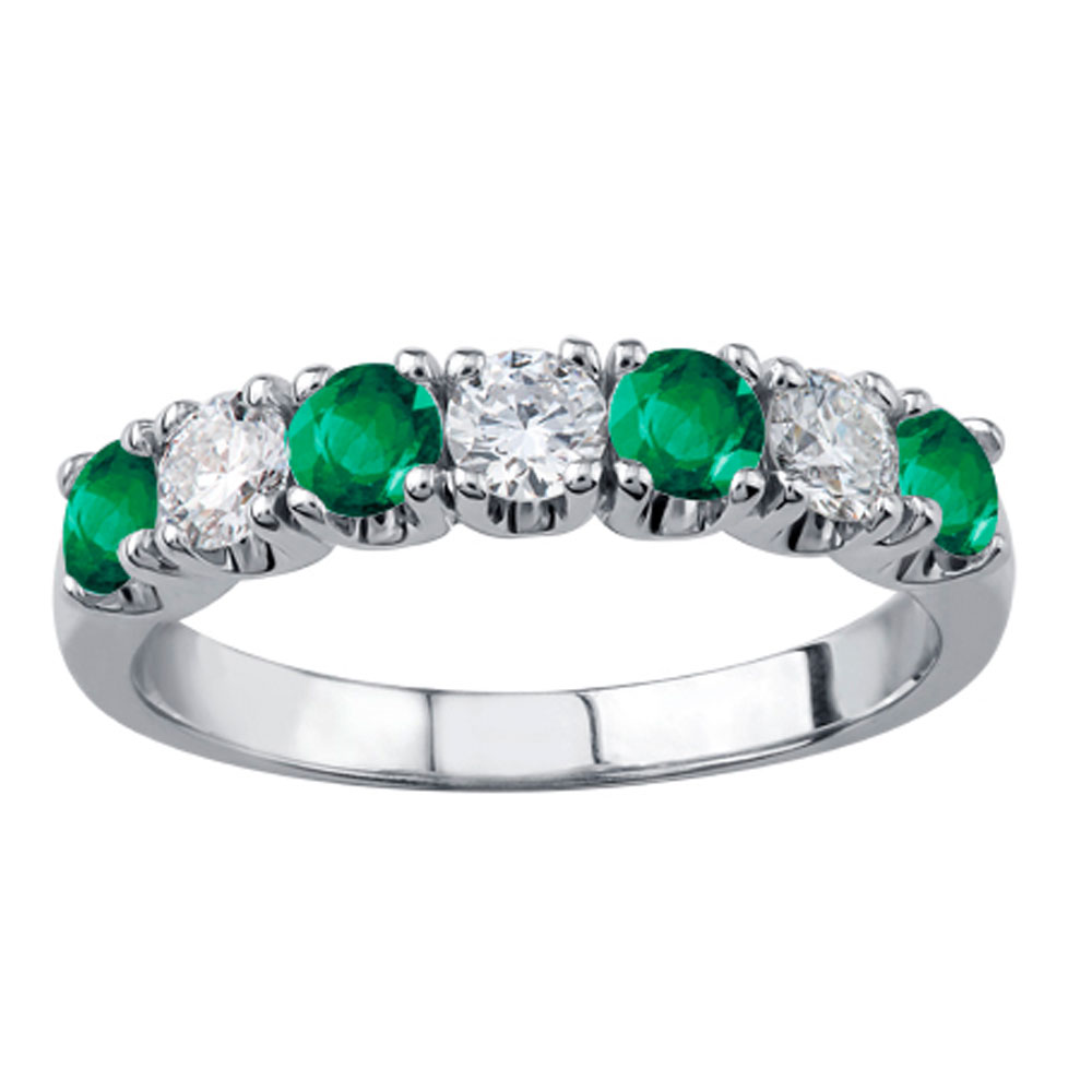 Drakes jewellers Plymouth, white gold ring, diamond ring, Gift For Her, emerald diamond ring