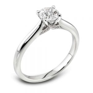 Platinum Diamond ring, Engagement Ring, Drakes Jewellers Plymouth, Diamond Jewellery