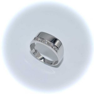 Drakes Jewellers, Diamond Outlet, Diamond Ring 9ct White Gold Diamond Ring