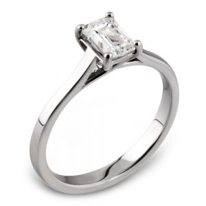 Drakes Jewellers Plymouth, Diamond Gifts, emerald cut diamond ring