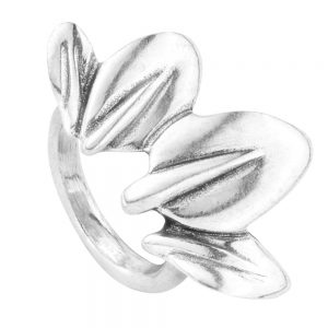 Drakes Jewellers Plymouth, Uno De 50, Gift For Her, Womens jewellery, Silver leaf ring