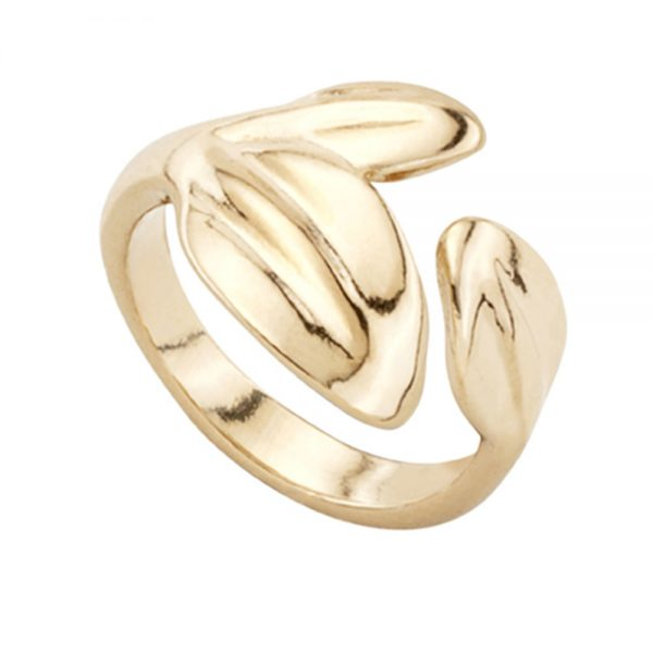 Drakes Jewellers Plymouth, Uno De 50, Gift For Her, Womens jewellery, yellow gold leaf ring
