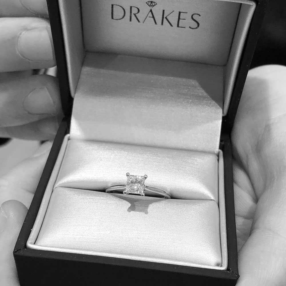 Diamonds, Browse Diamonds, Drakes Jewellers, Diamond Jewellery